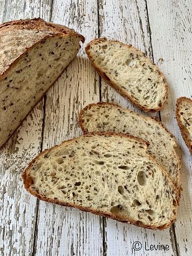 Driegranendesembrood