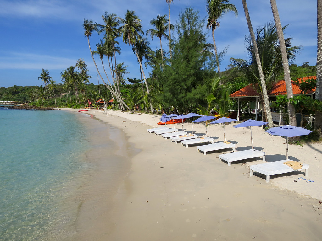 Sun loungers of Siam Beach Resort