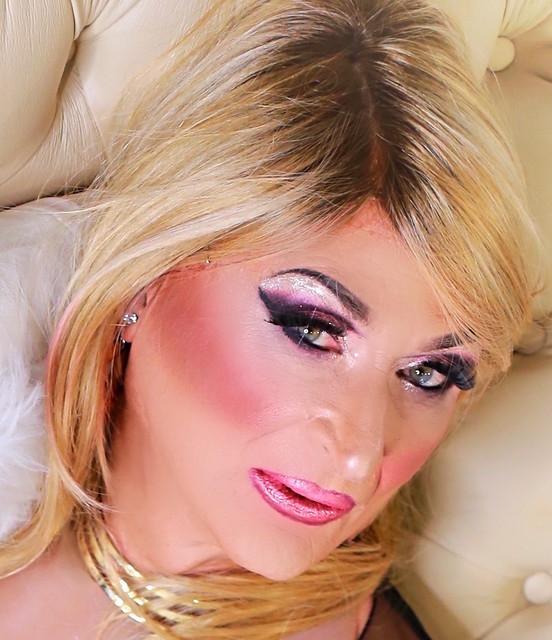 Lisah, make up model