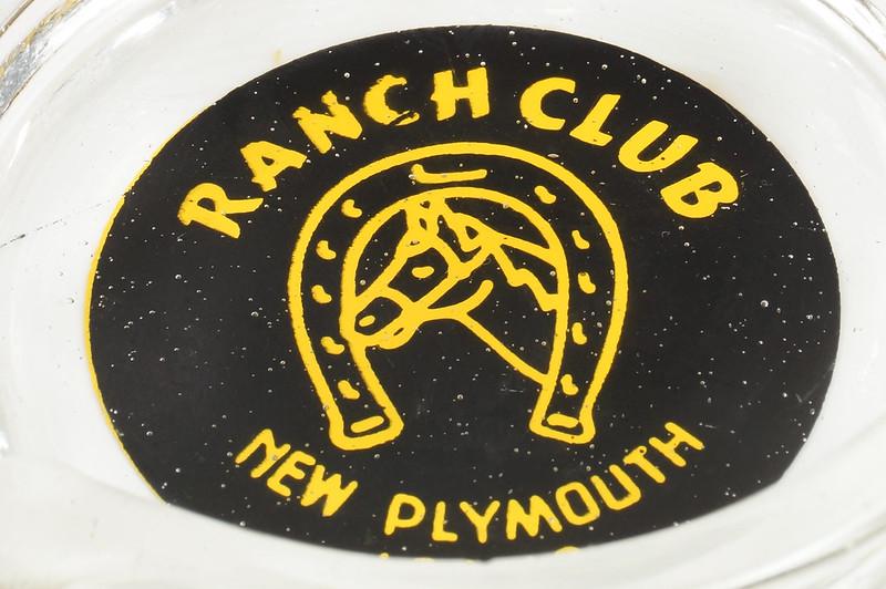 RD19586 New Plymouth Idaho Illegal Closed RANCH CLUB Casino Ashtray Trilobe DSC03675