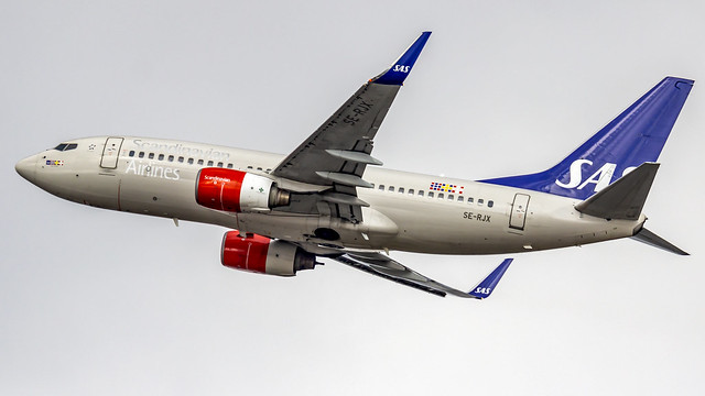 SAS (Scandinavian Air System) Boeing B737-700 SE-RJX