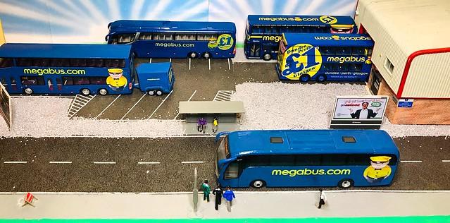 CMLN & Code 3 1/76 scale Megabus Models