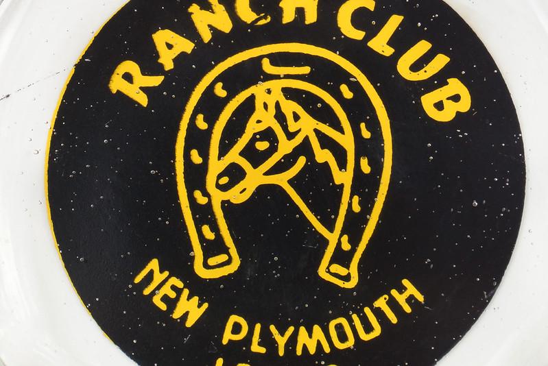 RD19586 New Plymouth Idaho Illegal Closed RANCH CLUB Casino Ashtray Trilobe DSC03667