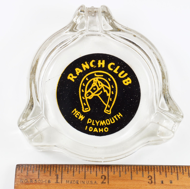 RD19586 New Plymouth Idaho Illegal Closed RANCH CLUB Casino Ashtray Trilobe DSC03664