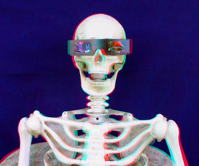 SKULL BOY SAYS YOU CAN'T VIEW RED CYAN 3D ANAGYLPHS UNLESS YOU HAVE RED CYAN 3D GLASSES