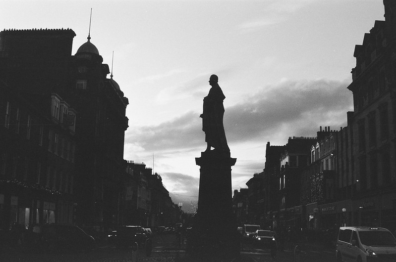 Edinburgh. Nikon FE10 with Kentmere Pan 400 @1600. Dec 2019