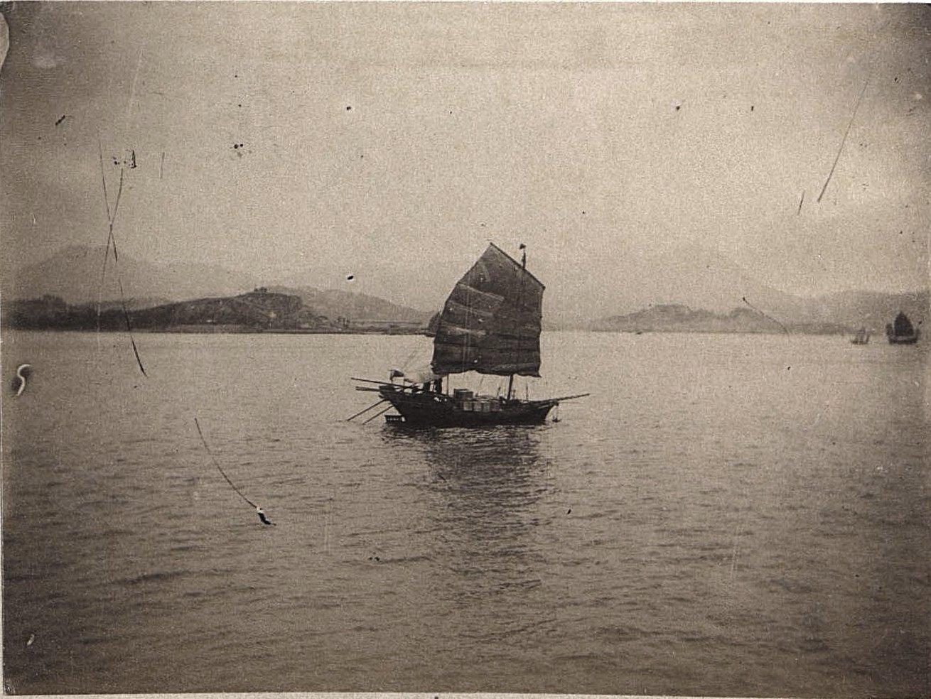 1898. Китай, г. Талиенван. Китайская джонка