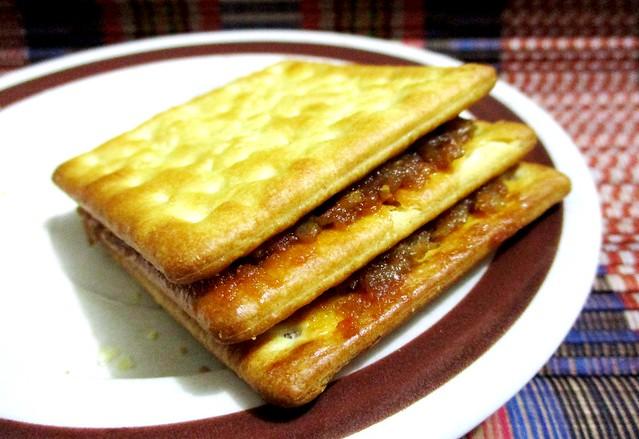 Cream crackers sambal ikan bilis double decker
