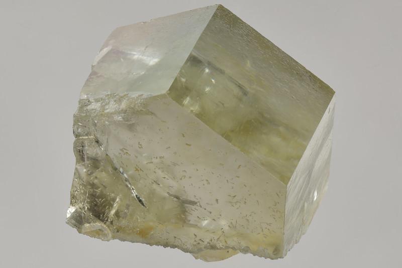 フッ素燐灰石 / Fluorapatite