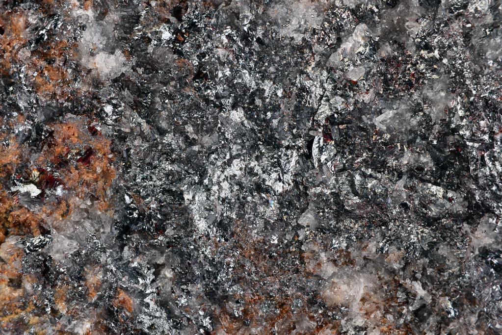 ハッチンソン鉱 / Hutchinsonite