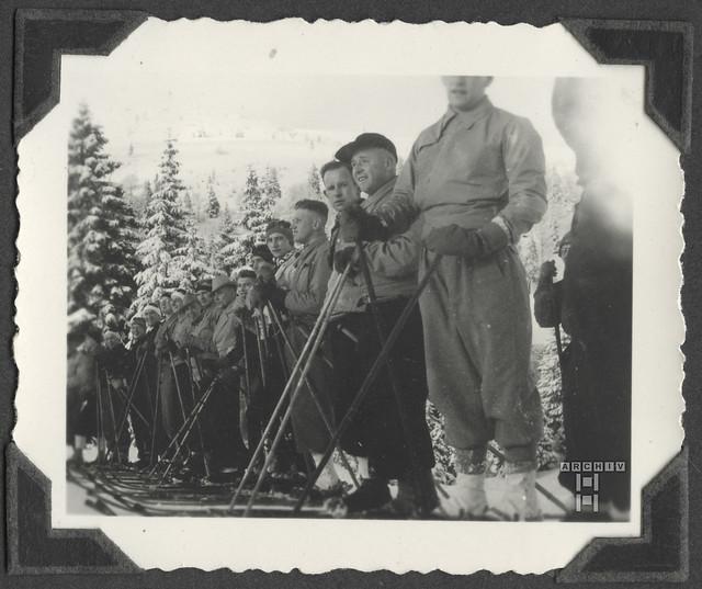 ArchivTappenW640 Fotoparade, 1930er
