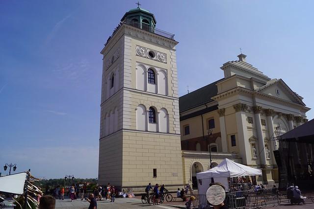 dzwonnica kościoła św. anny za dnia (5)