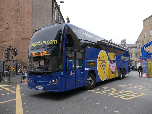 Stagecoach Midlands Volvo B11RT Plaxton Elite i YY65VXL 54269 operating Megabus service M20 to Sheffield and London turning from Elder Street and entering Edinburgh Bus Station on 22 July 2019.