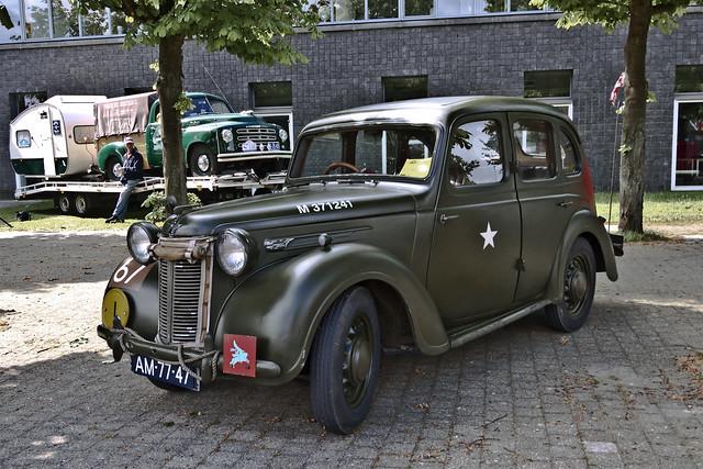 Austin Ten Saloon 1946 (6250)