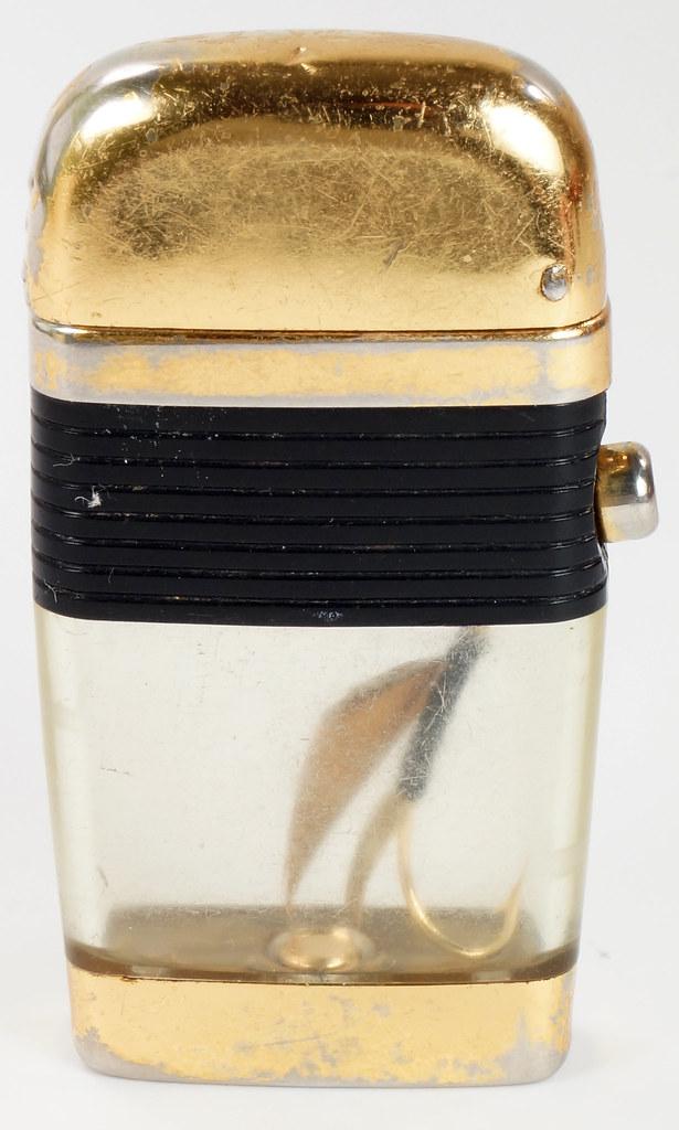 RD28589 Vintage Scripto VU LIGHTER Black Fishing FLY Lure with BLACK BAND DSC03816
