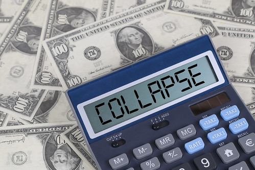 Collapse text on calculator screen on the hundred dollar bills