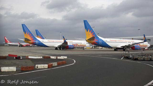 Boeing 737-800 Jet2 Glasgow airport EGPF