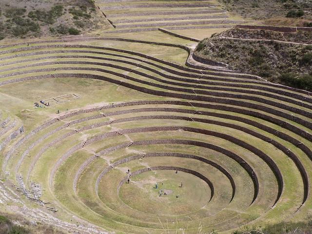 Anillos concéntricos de Moray (Valle Sagrado, Perú)