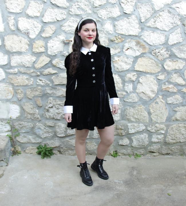 look-petite-robe-noire-velours-bottines-lacets-seconde-main-vintage-blog-mode-la-rochelle-2