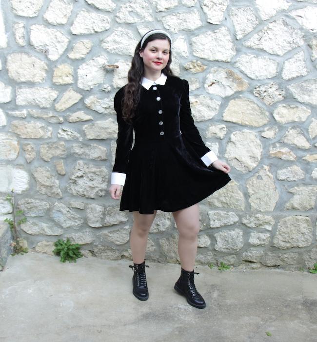 look-petite-robe-noire-velours-bottines-lacets-seconde-main-vintage-blog-mode-la-rochelle-1