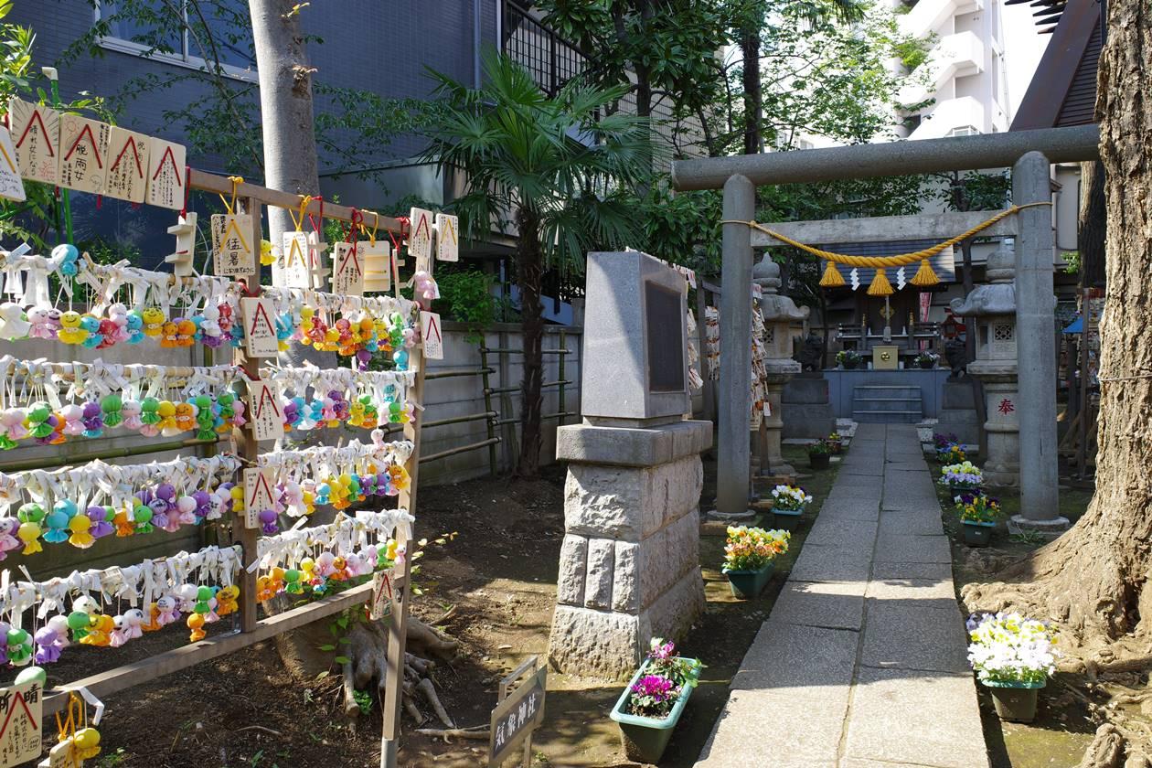 氷川神社(気象神社)参道