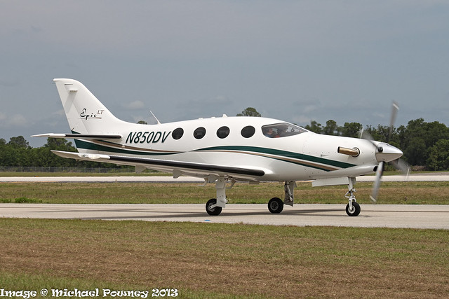 N850DV - 2011 build Epic Aircraft Epic LT, taxiing for departure at Lakeland during Sun 'n Fun 2013