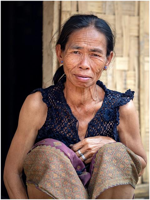 village sur le fleuve Mékong, nord Laos-1272279