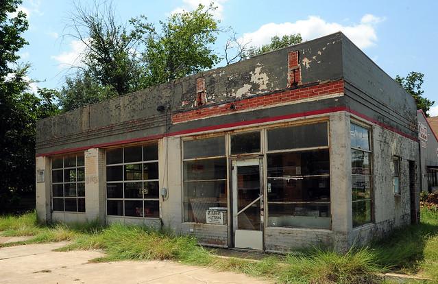 Abandoned Phillips 66 - Crockett, Texas