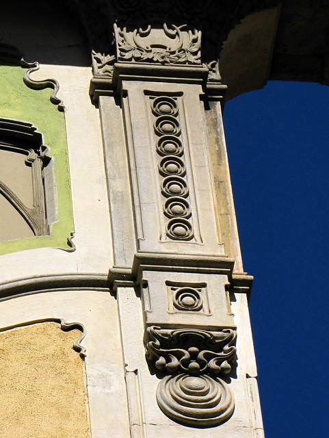 LIBERTY A TORINO - Palazzina Rossi-Galateri, via Passalacqua 14. Progetto (1903) dell'Ingegner Pietro Fenoglio (1865 Torino - 1927 Corio).