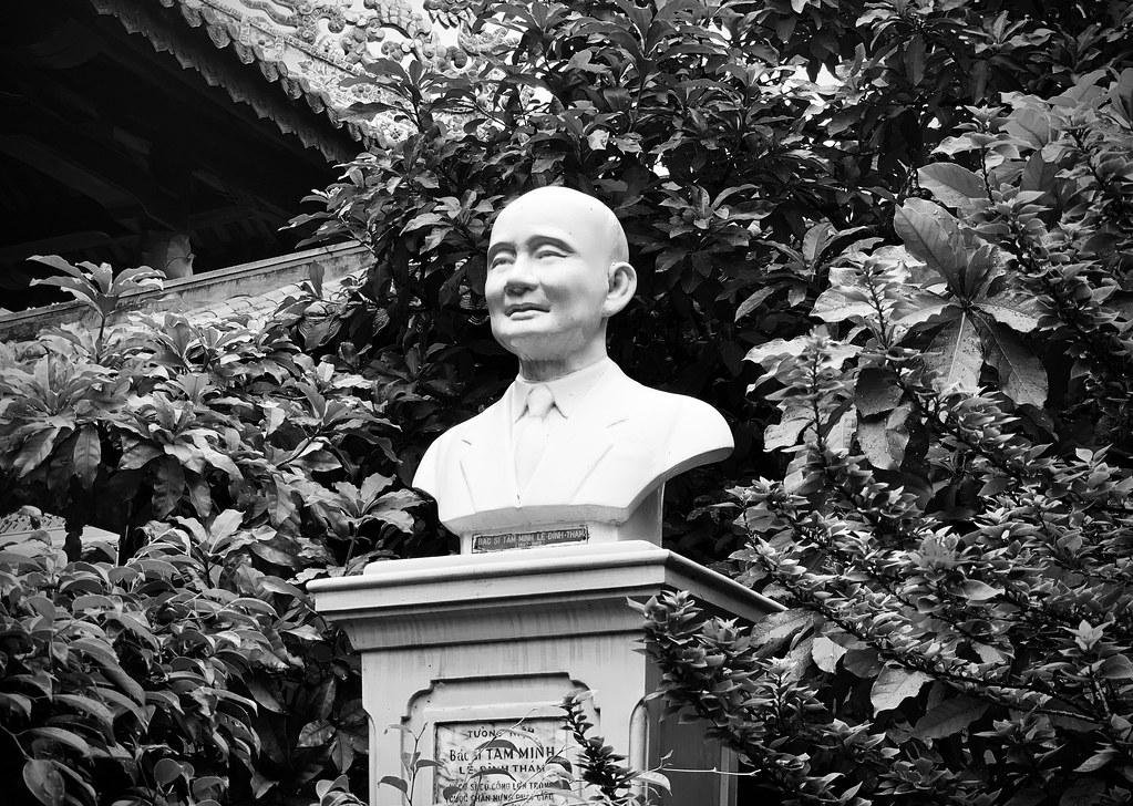 Dr Tam Minh Le Dinh Tham