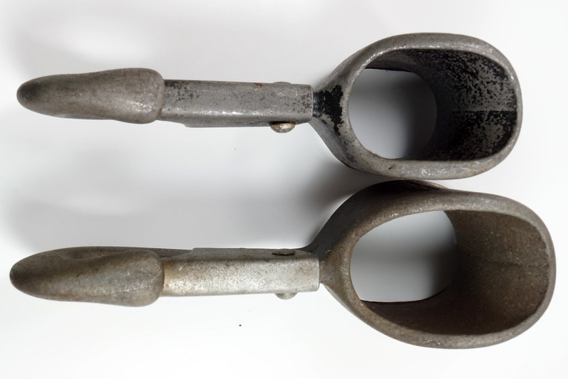 RD23613 RD26915 Rare & Unusual Antique Covert Yankee Snap Hooks DSC03874