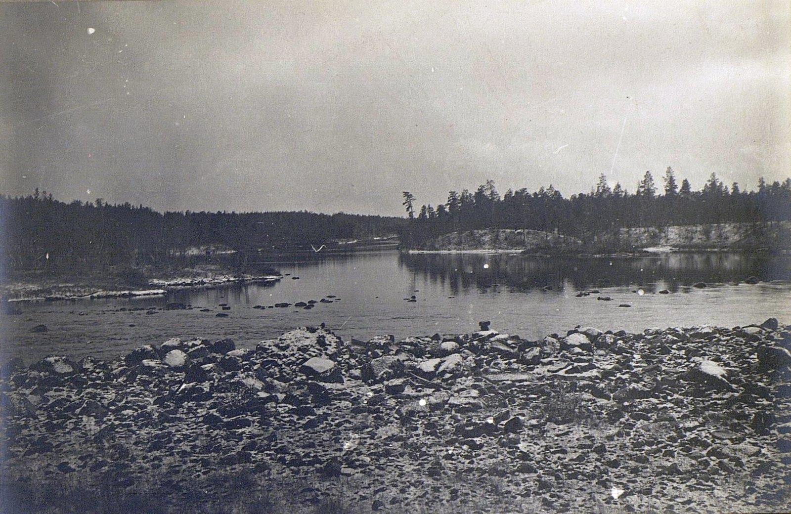Вид на реку Кола.