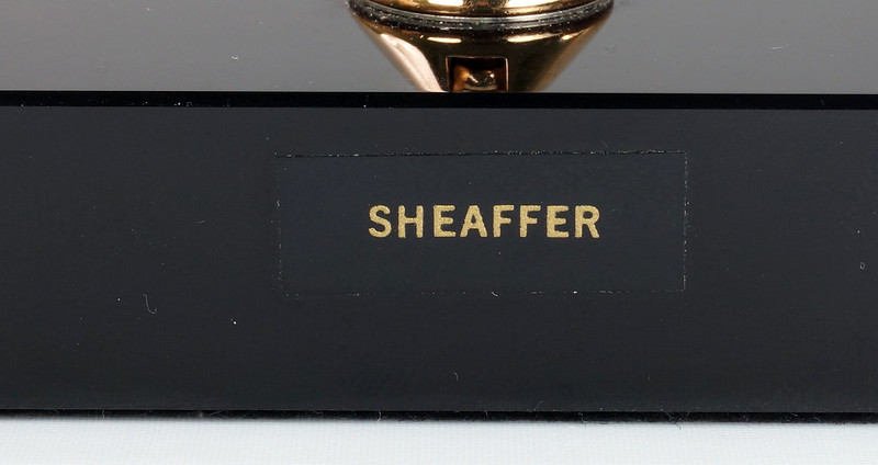 RD19287 Vintage Sheaffer Black Onyx Ball Point Pen Desk Set J6 47105 J6 1950 DSC03901