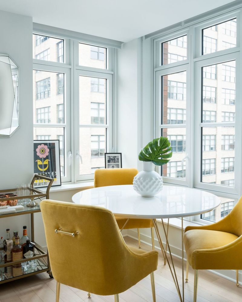 Anthropologie Velvet Elowen Chair | Small City Dining Room | Yellow Velvet Chairs | Velvet Dining Room Chairs | Velvet Dining Chairs | Dining Room Inspiration | Dining Room Ideas | Dining Room Decor
