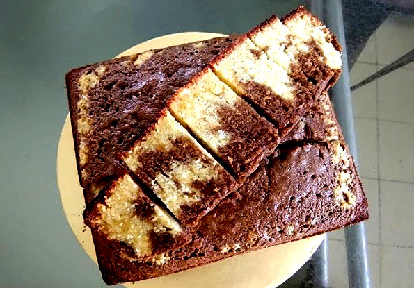 Marble cake with coffee liquer