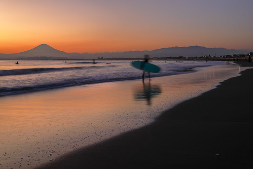 seascape sunset surfer beach eveningglow mtfuji coth5