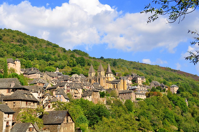 1) Conques - Aveyron - Occitanie - France