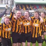 Richard Bowman, Mark Gray, Jerry O'Driscoll, Dave McGinlay & Gordon Farmer celebrate clinching the 2004/05 championship (Fraser Newlands)