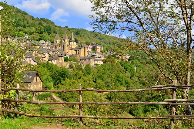 2) Conques - Aveyron - Occitanie - France