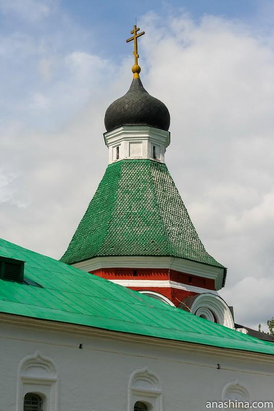 Покровская церковь, Государев двор, Александровский кремль, Свято-Успенский женский монастырь, Александров