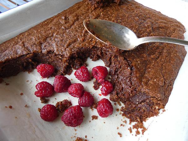 Hazelnut choc cake 2