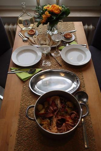 Portugiesisch Essengehen daheim (Tischbild)