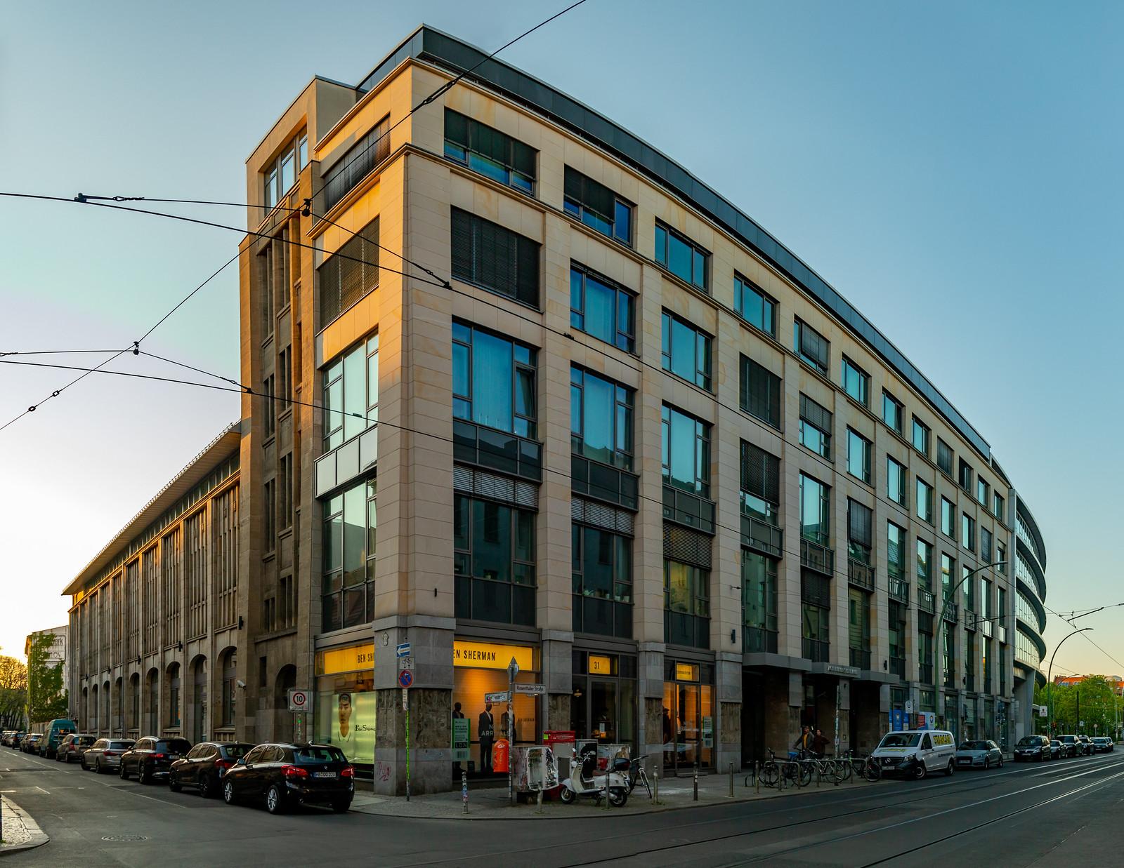 Ehemaliges Kaufhaus Wertheim in der Rosenthaler Straße