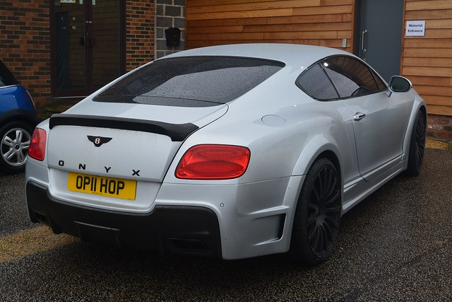 Onyx Bentley Continental GT 4.0 V8