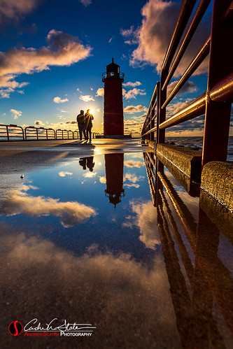 andrewslaterphotography city cityscape clouds couple greatlakes lakemichigan landscape mke milwaukee milwaukeebay people pier pierheadlighthouse place puddle reflection shadow sunrise water silhouette together wisconsin unitedstatesofamerica walk canon 5dmarkiii