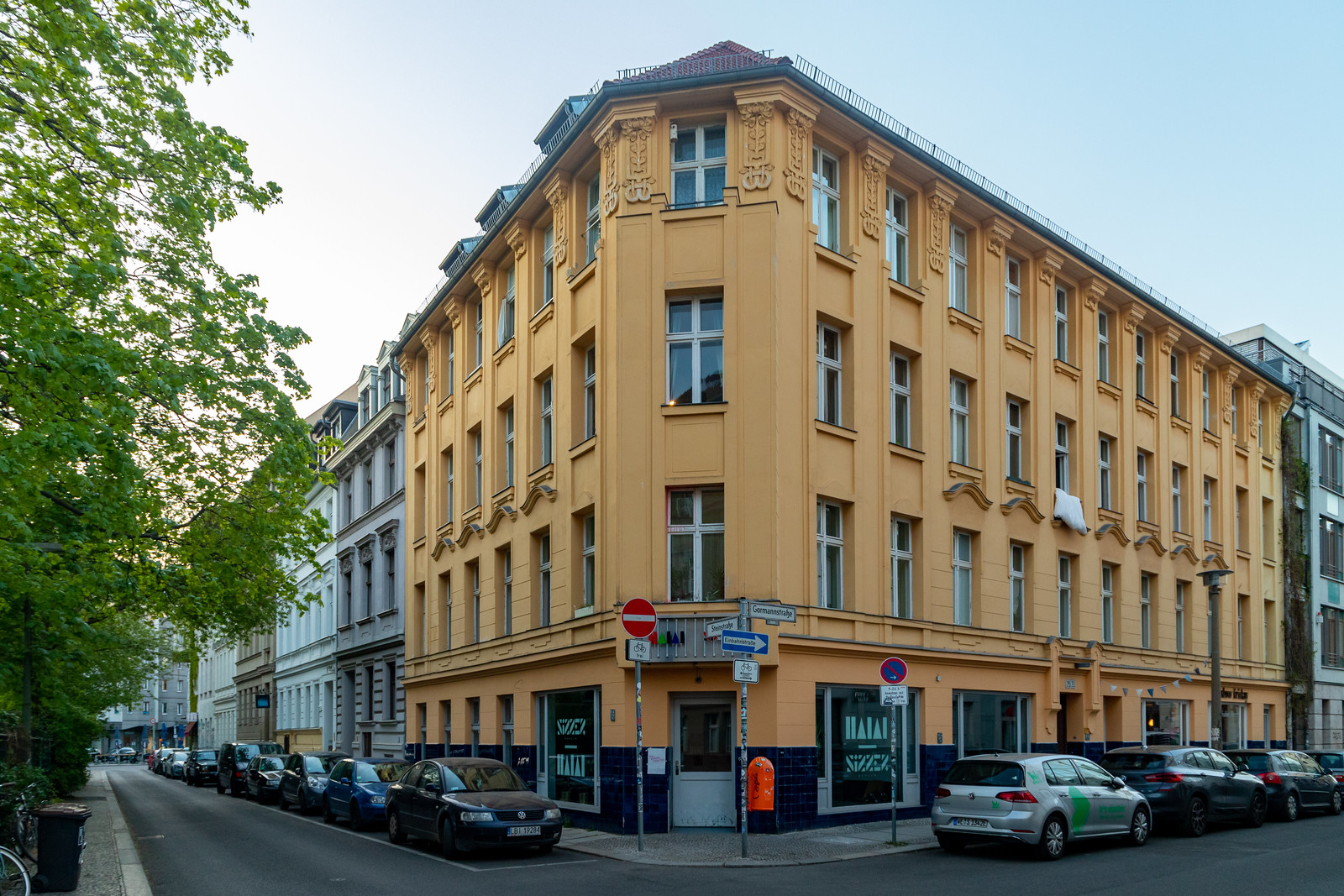 Eckhaus Gormann- und Steinstraße