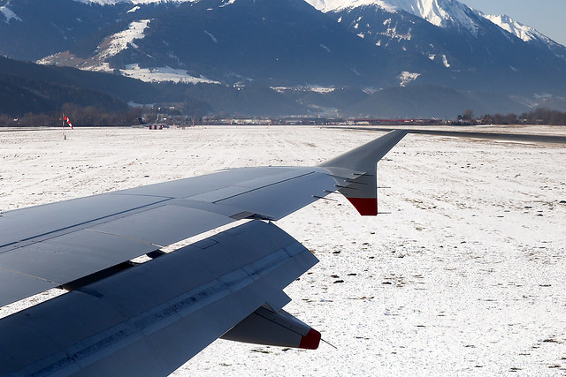 G-MIDY British Airways A320 Innsbruck Airport