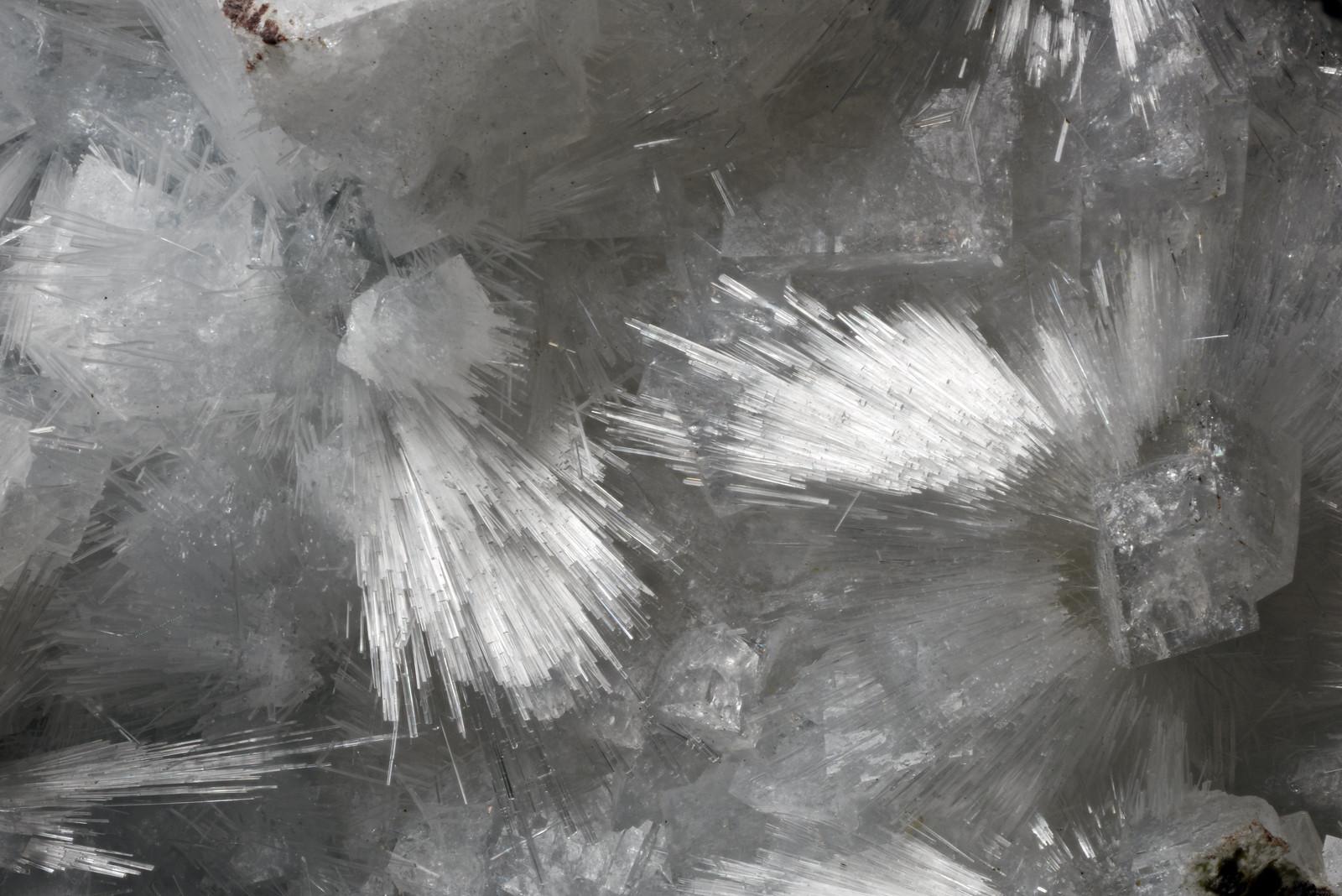 モルデン沸石 / Mordenite
