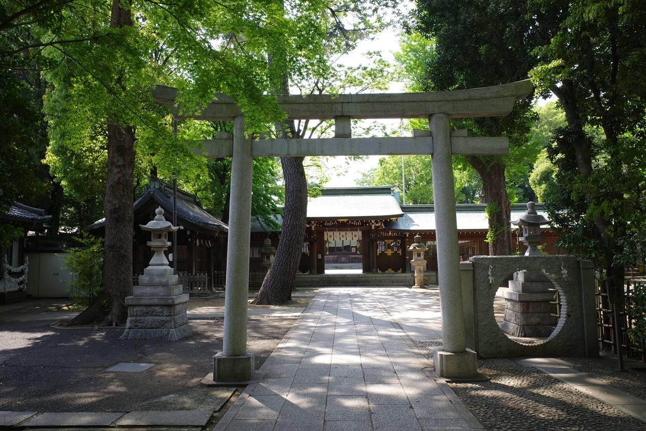 荻窪八幡神社・第2の鳥居と祓門