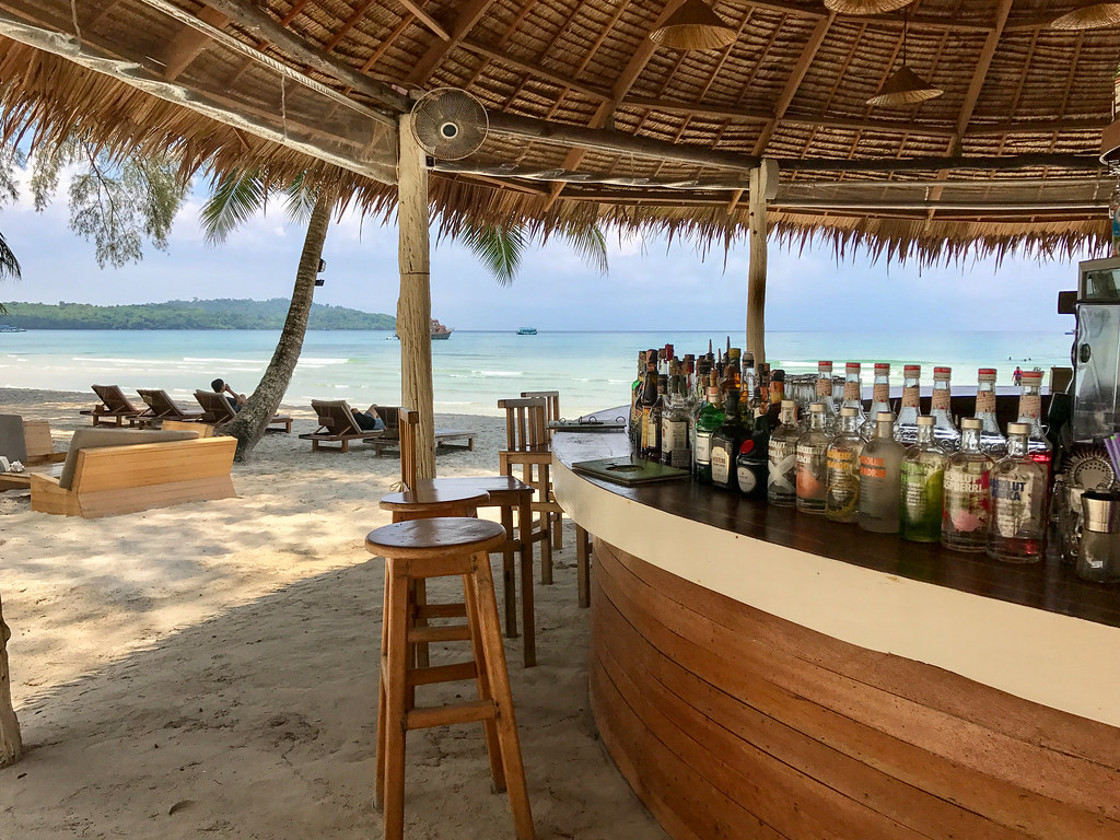 High Season beach bar